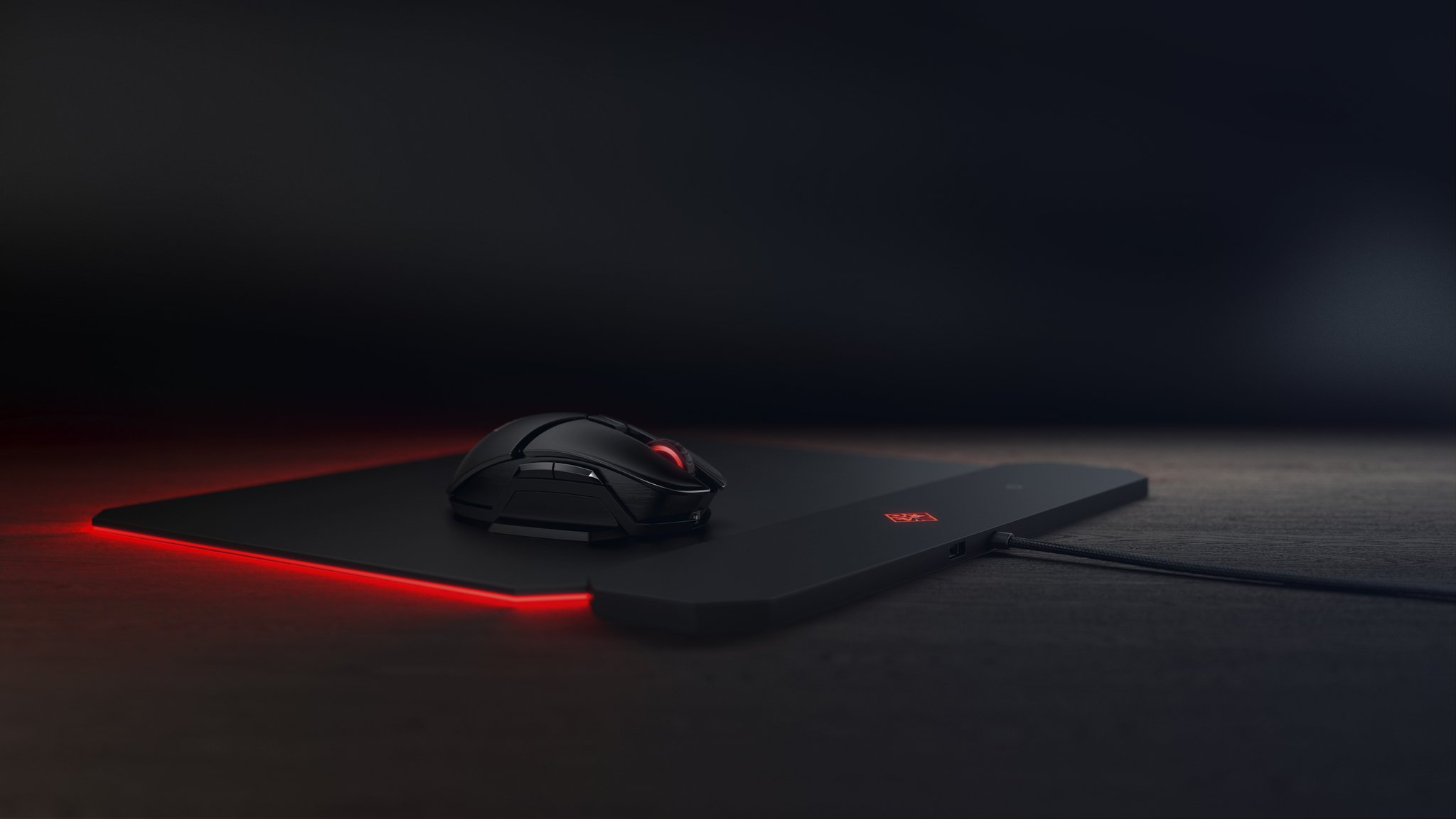Omen OUTPOST Mousepad con tecnologia Qi Wireless Charging